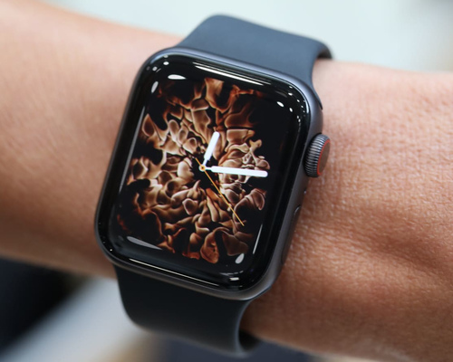 Обзор Apple Watch Series 4 – новый дизайн и функционал